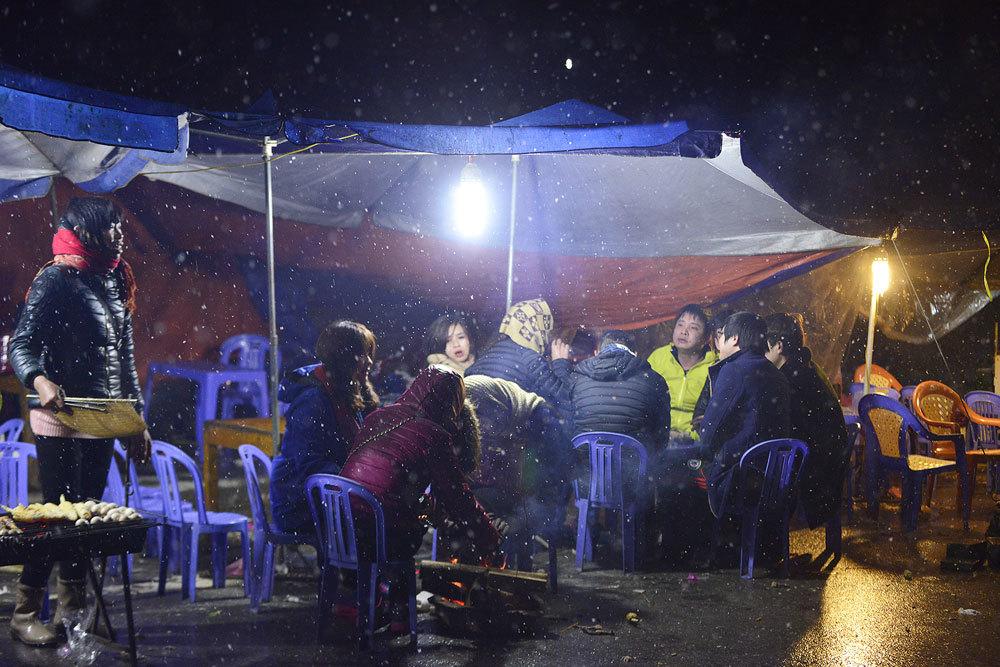 Đội mưa săn tuyết từ nửa đêm