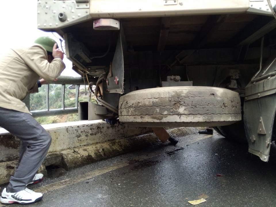CSGT, tai nạn giao thông, CSGT bị xe đâm