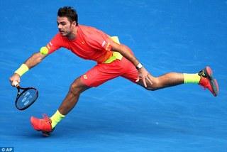 """Wawrinka bị """"cây sào"""" Raonic đánh bật khỏi Australian Open"""
