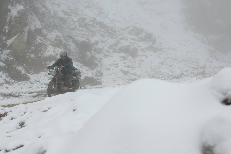 Nghệ An: Tuyết phủ dày hơn 30cm ở Buộc Mú
