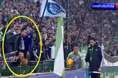 """Lộ lý do Ronaldo """"phát điên"""" trong trận gặp Betis"""
