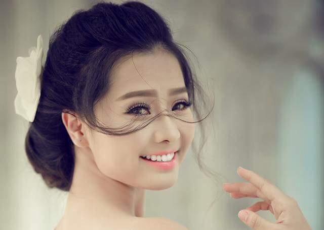 Diễn viên Khánh Hiền, Tôi thấy hoa vàng trên cỏ xanh
