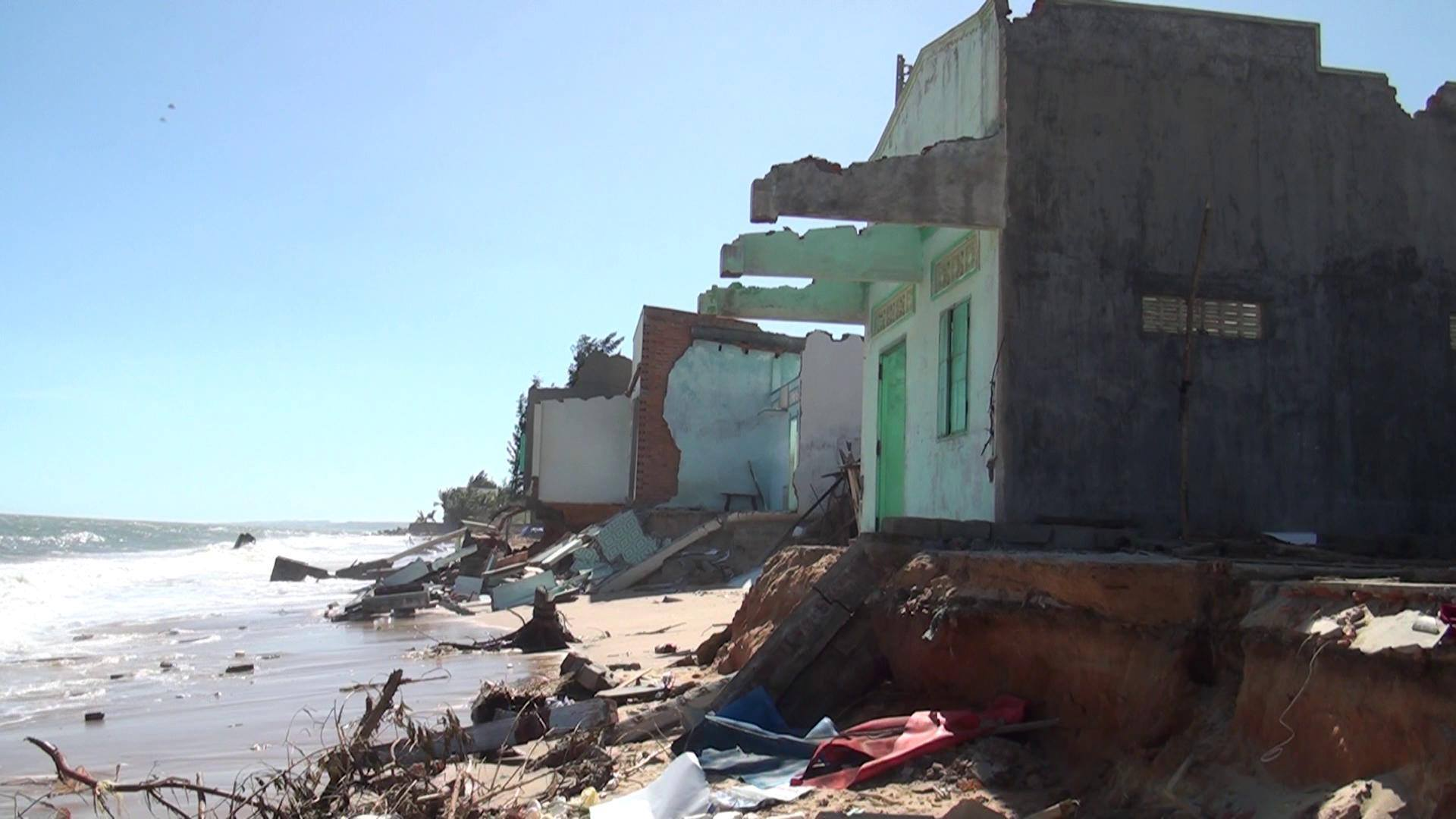 biển nuốt nhà, ở tạm, Bình Thuận, ngư dân, thiên tai