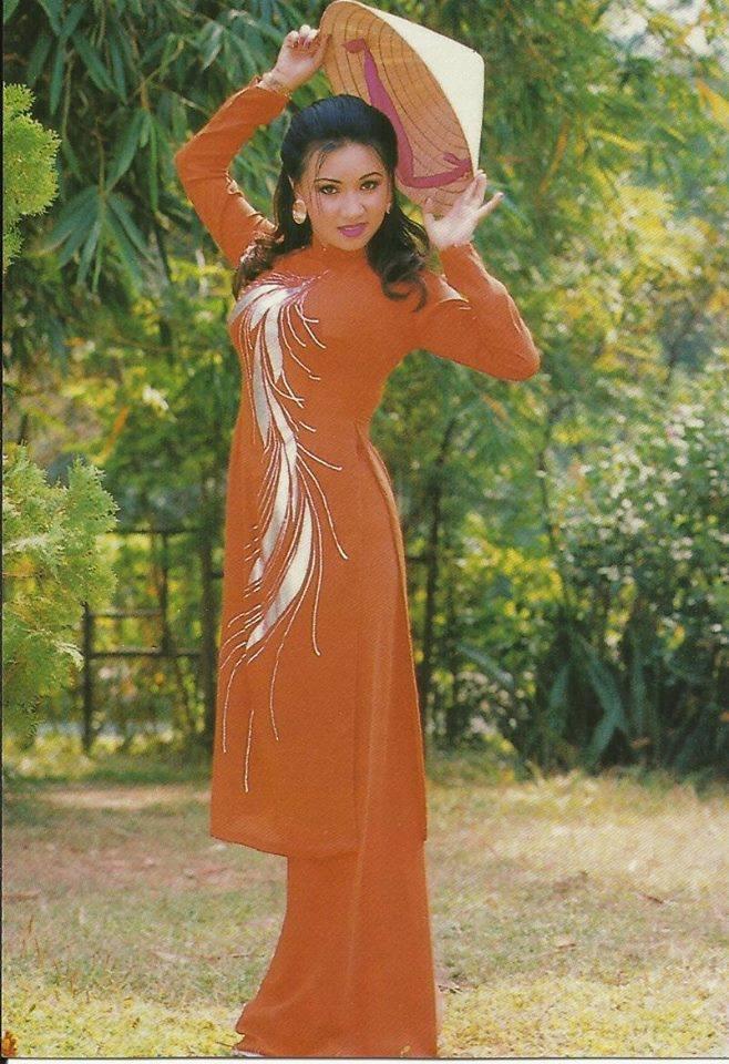 Mặc áo dài phải như Diễm Hương, Việt Trinh, Diễm My