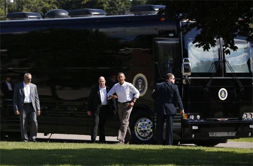 Xe buýt 'quái vật' triệu đô của Obama