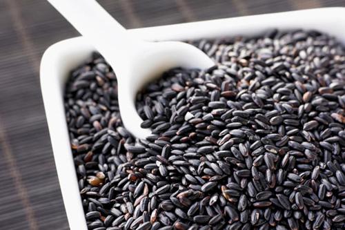 Lý do mùa đông nên ăn nhiều thực phẩm màu đen