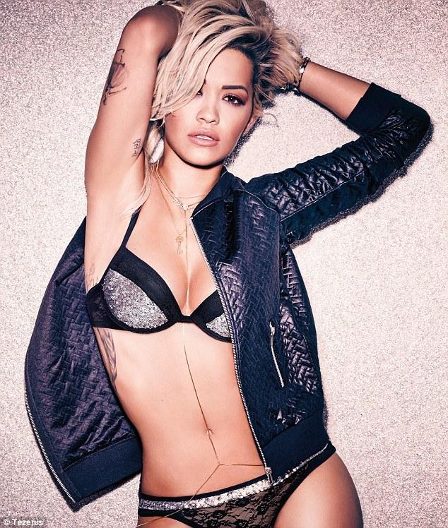 Rita Ora ,  ảnh bán khỏa thân