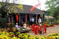Tết, lúc người Việt… khiếm nhã nhất