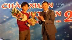 Gạt buồn mất việc, Miura mơ tuyển Việt Nam đá World Cup