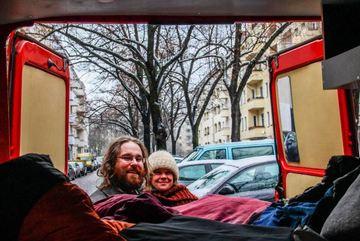 Ấn tượng với cặp đôi đưa con 9 tháng tuổi đi khắp Châu Âu