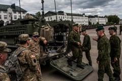 E ngại Putin, Obama quyết định 'gia cố' Đông Âu