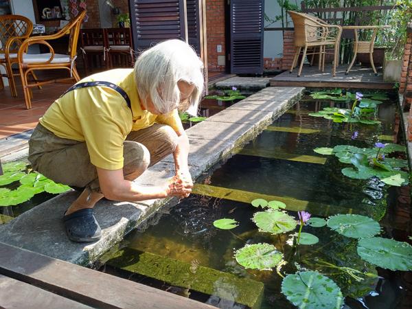cụ bà Usuda ReiKo, Hội An, quán U café, giúp đỡ người nghèo