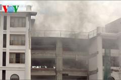 Khách sạn 5 sao cháy dữ dội giữa Đà Lạt