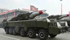 Giàn phóng tên lửa Triều Tiên bắt đầu di chuyển