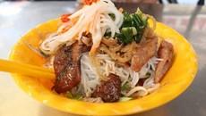 12 món ngon quanh chợ Bàn Cờ