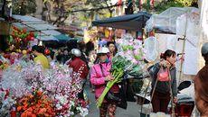 Chợ hoa cổ nhất Hà Thành nhộn nhịp ngày cuối năm