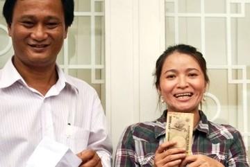 Tết đổi đời của chị ve chai nhặt được 5 triệu yên