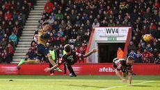 Thắng giải hạn, Arsenal trở lại tốp 3
