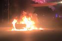 Bắc Ninh: Ford Focus cháy giữa đường trong đêm Giao thừa