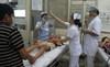Nghẹt thở giây phút cứu người đêm giao thừa ở bệnh viện