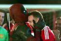 Clip độc: Người hùng Deapool giúp M.U sút tung lưới đối thủ