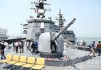 Chiến hạm 'siêu khủng' liên tiếp đến Đà Nẵng