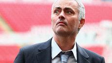 """Mourinho được bơm 300 triệu bảng """"đại phẫu"""" M.U"""
