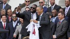 Tổng thống Obama mệt vì ảnh 'tự sướng'