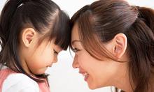 Cách cha mẹ Việt bao bọc con gây tai hại?