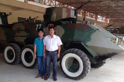 'Hai lúa' Việt chế tạo xe tăng: Người Campuchia nể phục