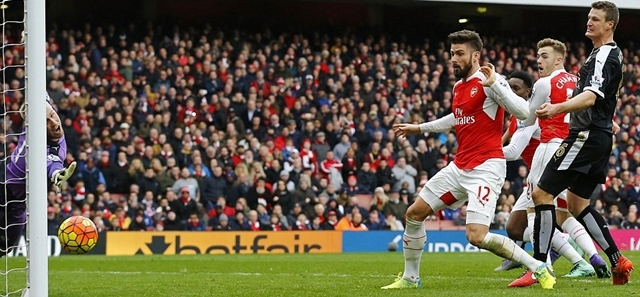 Highlights: Arsenal 2-1 Leicester