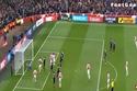"""Quay chậm """"bàn thắng vàng"""" của Welbeck cho Arsenal"""