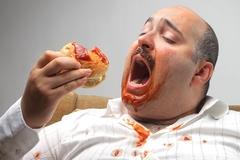 7 thói quen ăn uống gây tâm trạng lo lắng cần từ bỏ ngay đầu năm