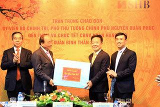 Phó Thủ tướng Nguyễn Xuân Phúc: Ngân hàng đổi mới sâu sắc, nâng cao chất lượng