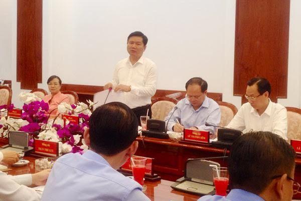 bí thư thành ủy TP.HCM, Đinh La Thăng, đường dây nóng