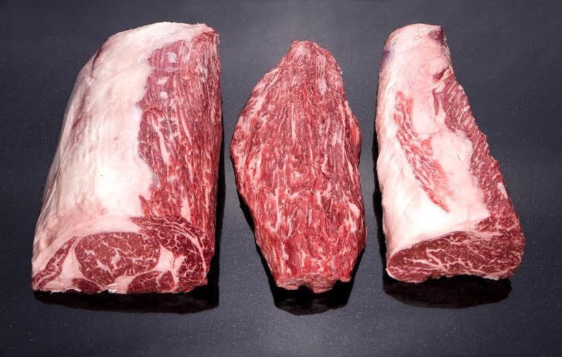 Tranh cãi hóa đơn 2 lạng bò Kobe giá 3,7 triệu đồng