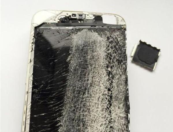 Quy trình biến iPhone từ cũ nát thành hàng mới 99%