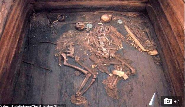 Bí ẩn hoàng hậu Siberi bị ám sát vì người tình?