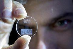 Trình làng siêu chip 5D lưu trữ mọi dữ liệu của loài người