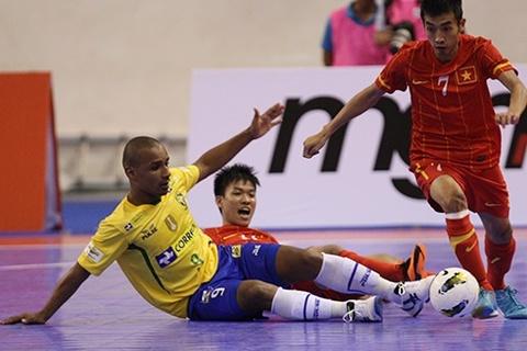 Futsal Việt Nam từng khiến ĐKVĐ thế giới Brazil ôm hận