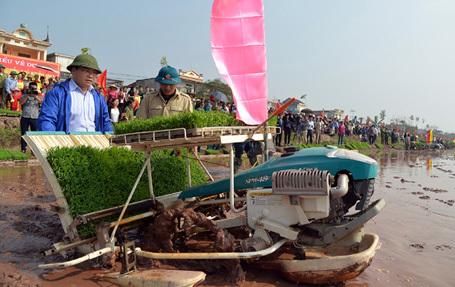 Đinh La Thăng, Hoàng Trung Hải, Ấn tượng trong tuần, Kỳ Duyên, nhà báo Kim Dung,