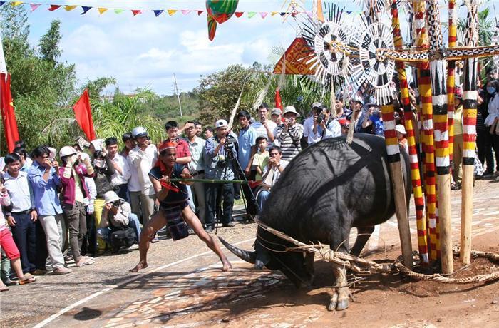 4 lễ hội kinh dị nhất Việt Nam khiến du khách 'sợ xanh mặt'