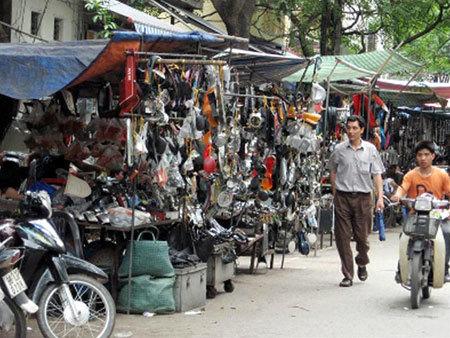 'Siêu trộm' đồ ô tô: Tụ hội về Chợ Trời