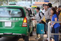 Cước vận tải: Chủ tịch thấy nhục, nhà xe giảm nhỏ giọt