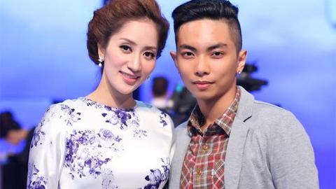 Khánh Thi, Phan Hiển nhảy cùng nhau ở trạm xe bus
