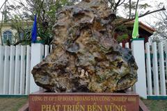 Báu vật đá quý 14 tấn trong nhà đại gia Quảng Nam