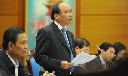 PTT Nguyễn Xuân Phúc hứa không để thua trên sân nhà