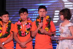 Thủ quân ĐT futsal Việt Nam đấm chảy máu mồm HLV vì... quá vui