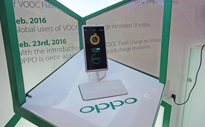 MWC 2016, smartphone, VR, Galaxy S7, LG G5, HTC Vive