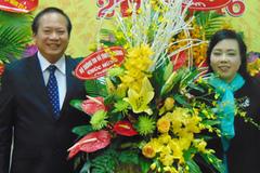 Thứ trưởng TT&TT Trương Minh Tuấn chúc mừng ngành y tế